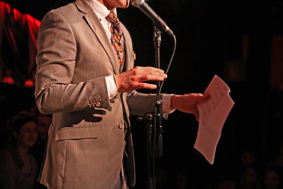 Jesse Laport, stadsdichter, stadsdichter arnhem, dichters des gelderlands, amsterdam, mensen zeggen dingen, woorden worden zinnen, maarten van roozendaal